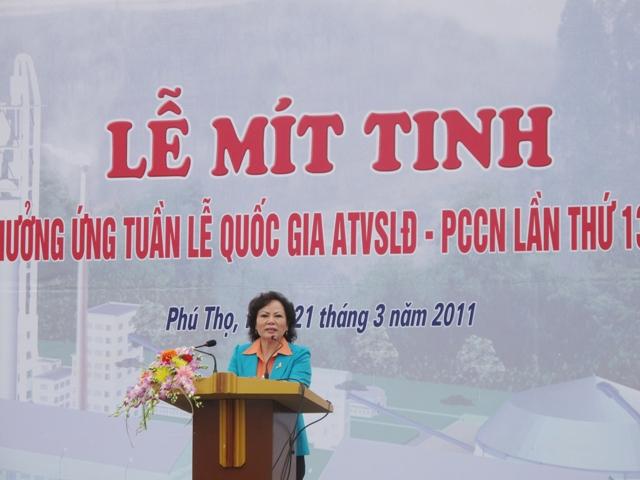 Lễ Mít tinh hưởng ứng tuần lễ Quốc gia về ATVSLĐ - PCCN của tỉnh Phú Thọ và Hội thao Công ty năm 2011